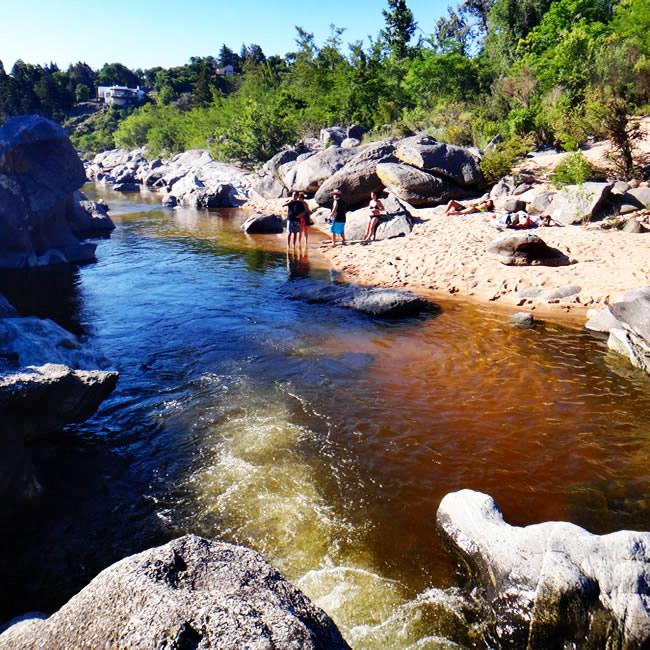 Bajadas  al río
