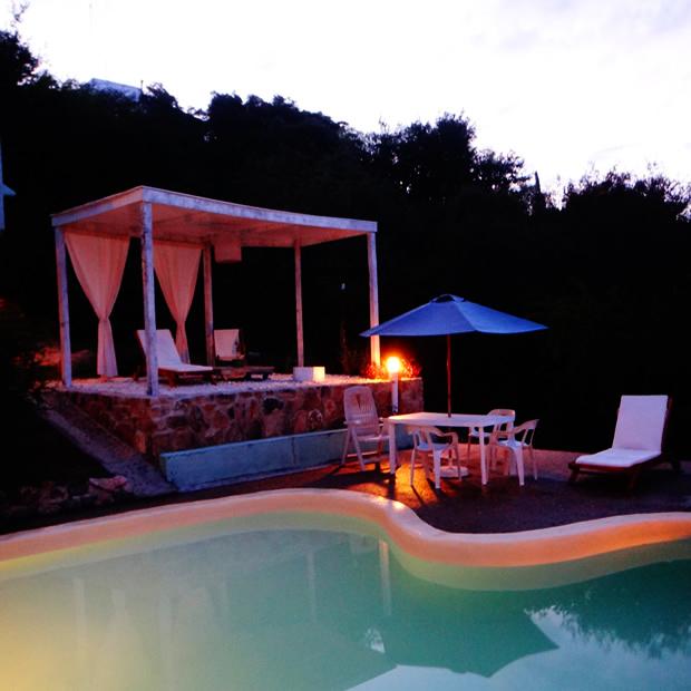 la-casa-del-agua-deck-noche